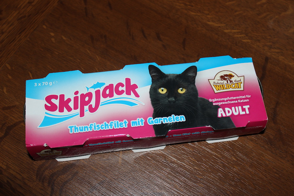 Skipjack-Snack in seiner Verpackung